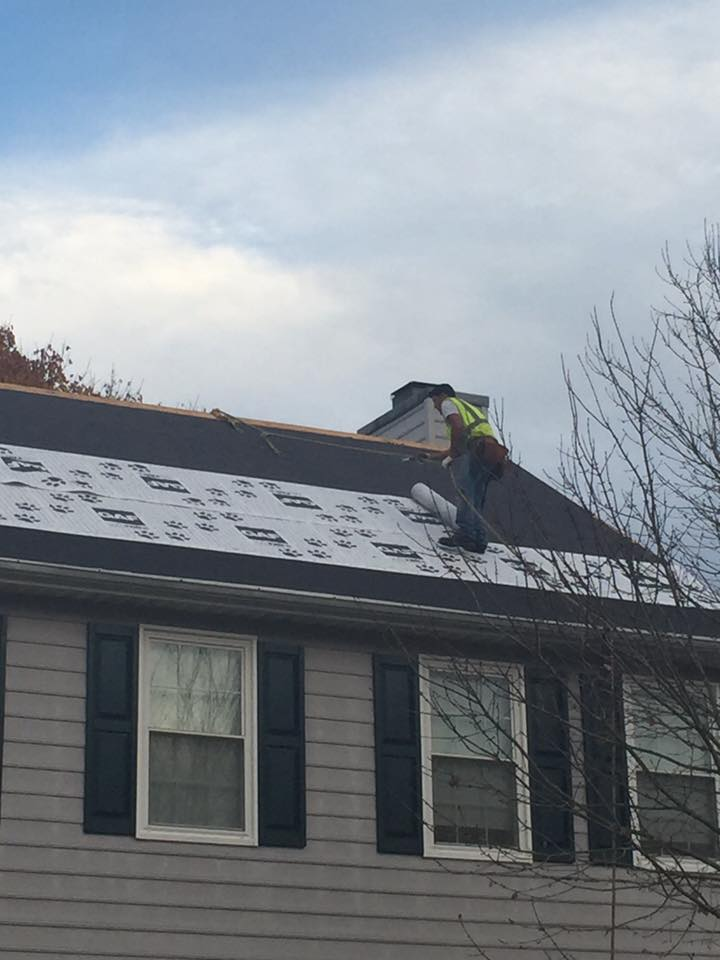 Laying Roofing Underlayment