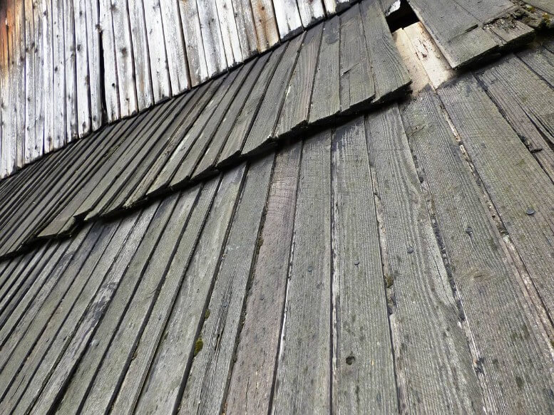 Missing Damaged Roof Tiles