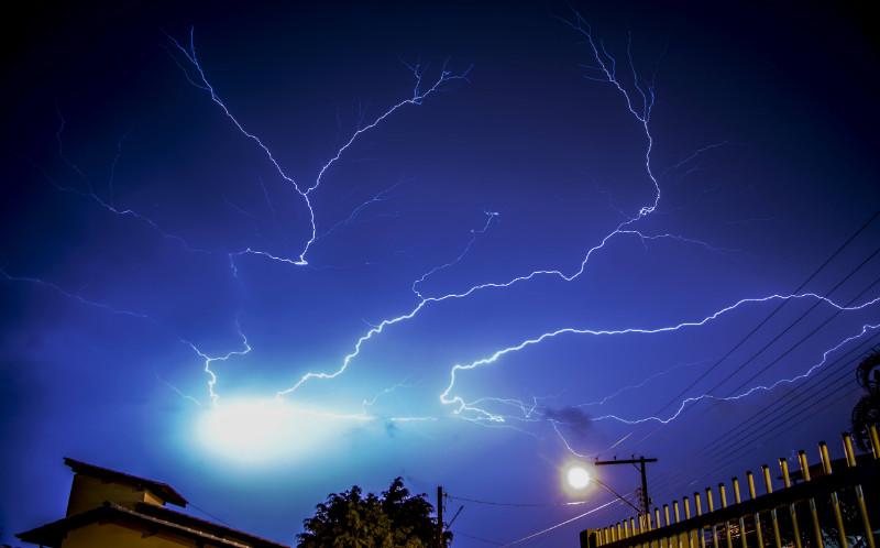 Roof Lightning